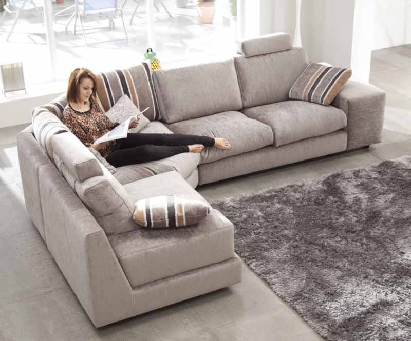 Sofa fama modelo calisto disponible en piel o tela en madrid for Modelo sofa