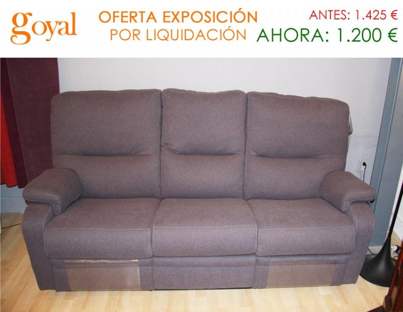 Liquidaci n sof de 3 plazas con 2 asientos relax motor for Liquidacion sofas online