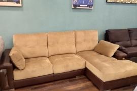 Sofá con chaiselongue Reverte
