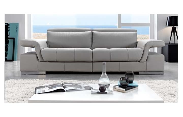 Sofa modelo charlotte pedro ortiz puedes verlo en sofas goyal - Sofas italianos de piel ...