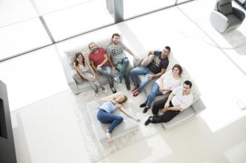 Sofás Esquineros: Prácticos y Confortables